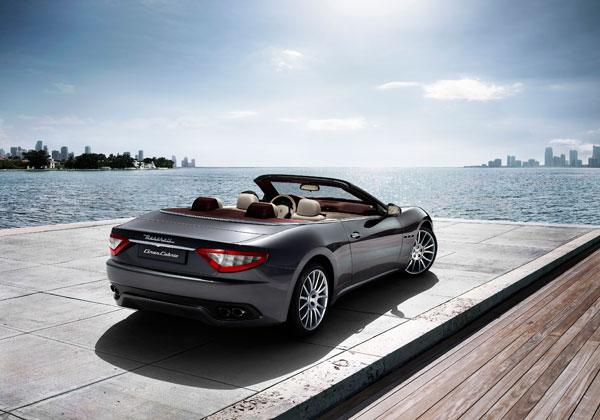 Maserati GranCabrio para locação na Mobility