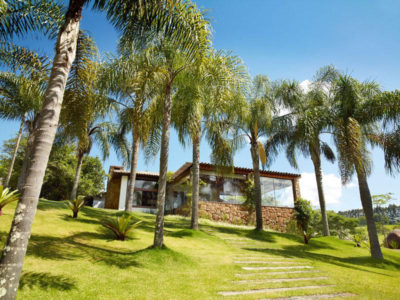 Vista de uma das villas do novo hotel em Amparo, Lake Villas
