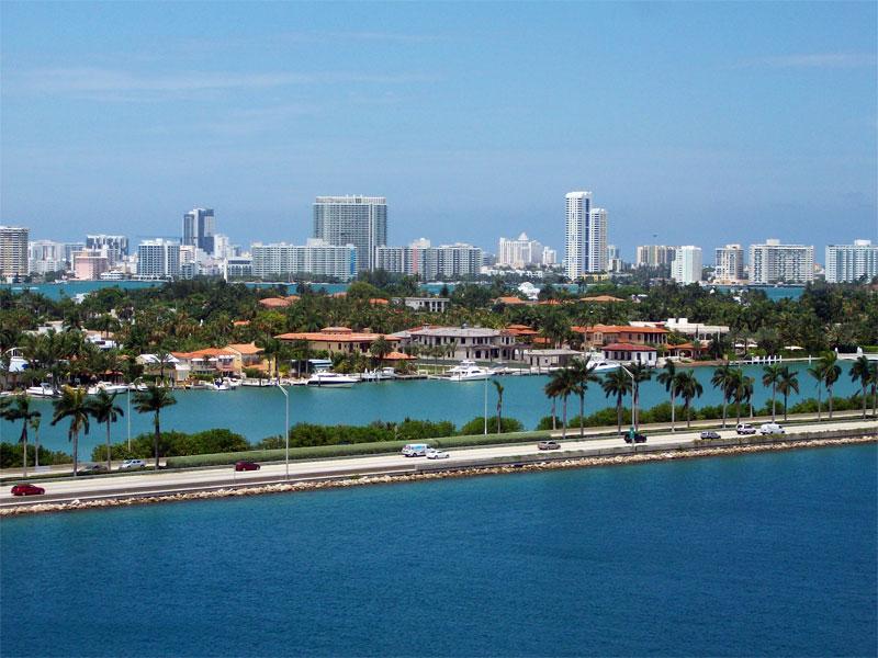 TAM reforça ligação entre Congonhas e Miami