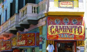 Caminito em La Boca, Buenos Aires – Argentina por Brigitte Werner