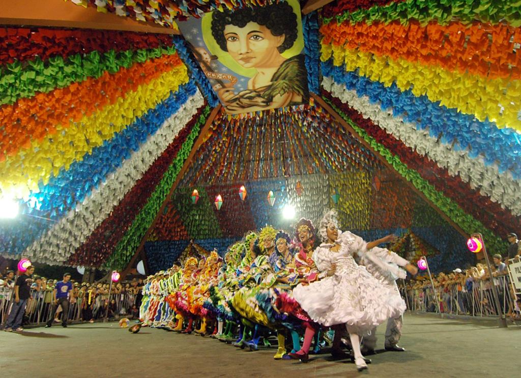 Resultado de imagem para Festejos de São João movimentam economia em vários estados