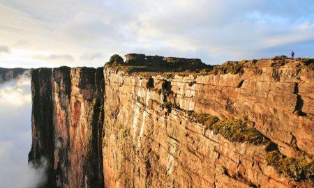 Monte Roraima atrai turistas ao extremo norte do país