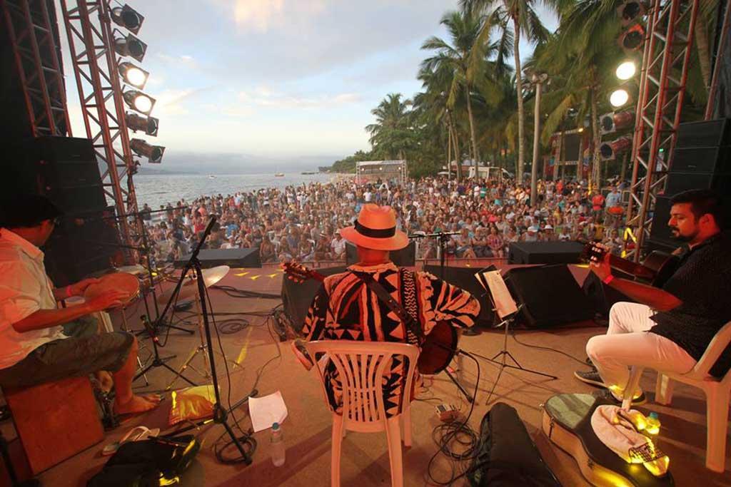 Festival Pôr do Sol Musical em Ilha Bela – Beto di Franco